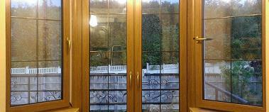 Эркерное окно в коттедже
